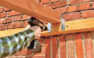 Как прикрепить деревянный брус к кирпичной стене