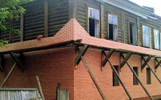 Обкладка деревянного дома кирпичом — плюсы и минусы