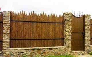 Как выбрать и построить фундамент для забора с кирпичными столбами